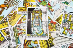 45132883-tarot-cards-tarot-the-high-priestess-card-in-the-foreground